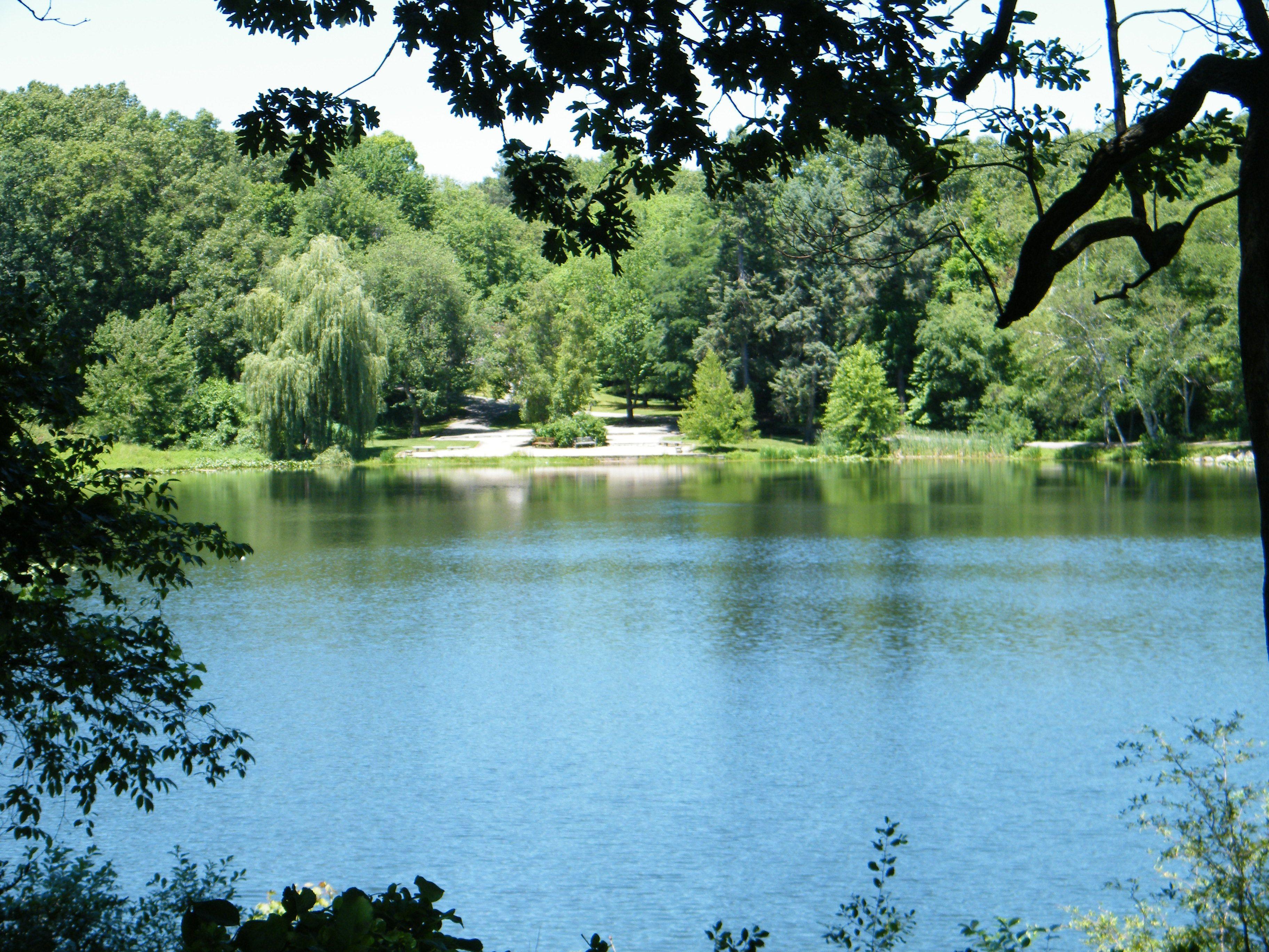 fbb9f53ba7627aa08a2c8d3fafc72be7 - Hidden Lake Gardens In Tipton Michigan