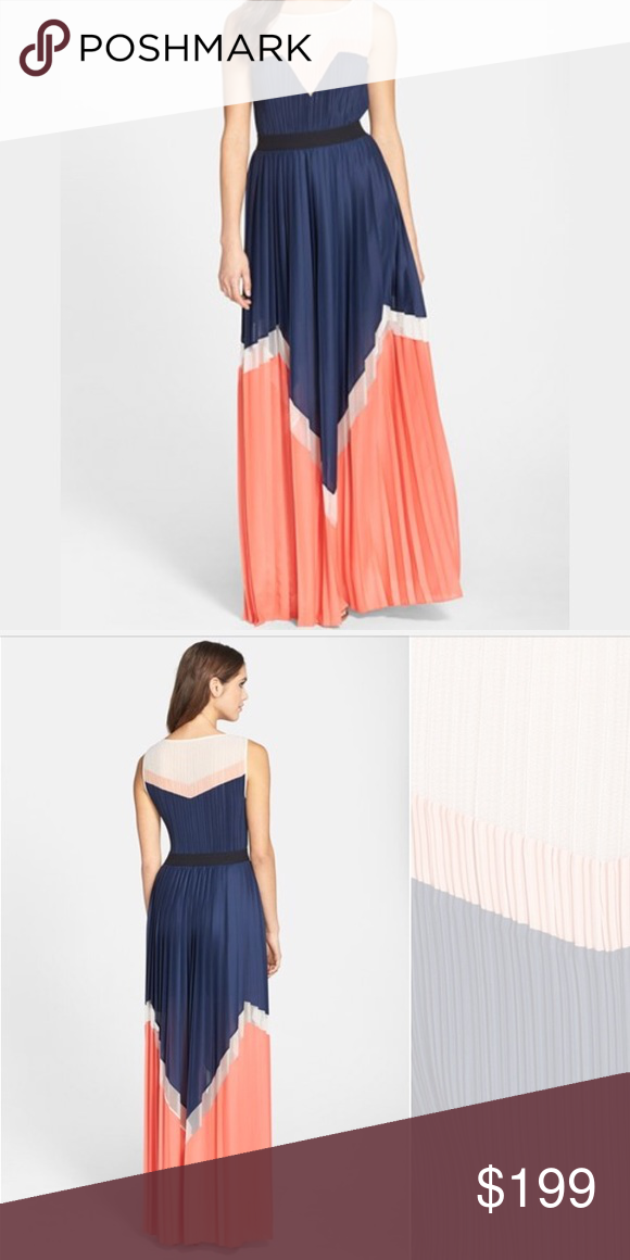 BCBG Katherine color block long maxi dress xxs Pleated Maxi Dress. Brand new with tags. Size XXS. Great for spring and summer events. Extremely comfortable. Purchased from BCBG store. No trades BCBG Dresses Maxi