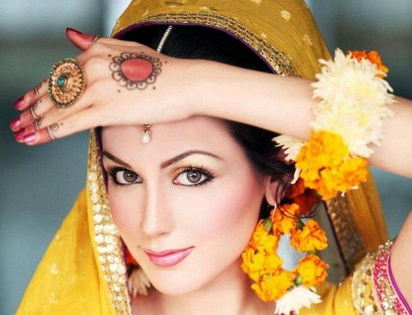 Makeup For Mehndi Function : Pakistani bridal makeup for mehndi function