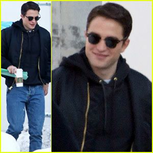Robert Pattinson Shaves His Scruff, Rocks Clean Shaven Look for 'Life'!