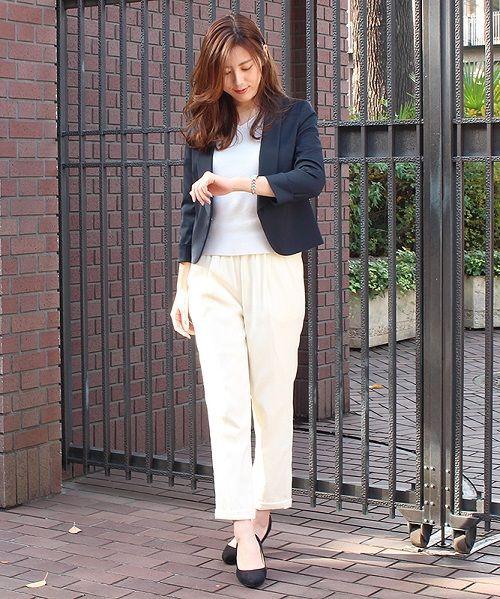 オフィスにもオススメ♪ジャケットスタイル スッキリとしたシルエット感で女性らしさを引き立たせてくれます。 毎日の通勤スタイルはもちろん、フォーマルなシーンでも着用頂けます^^