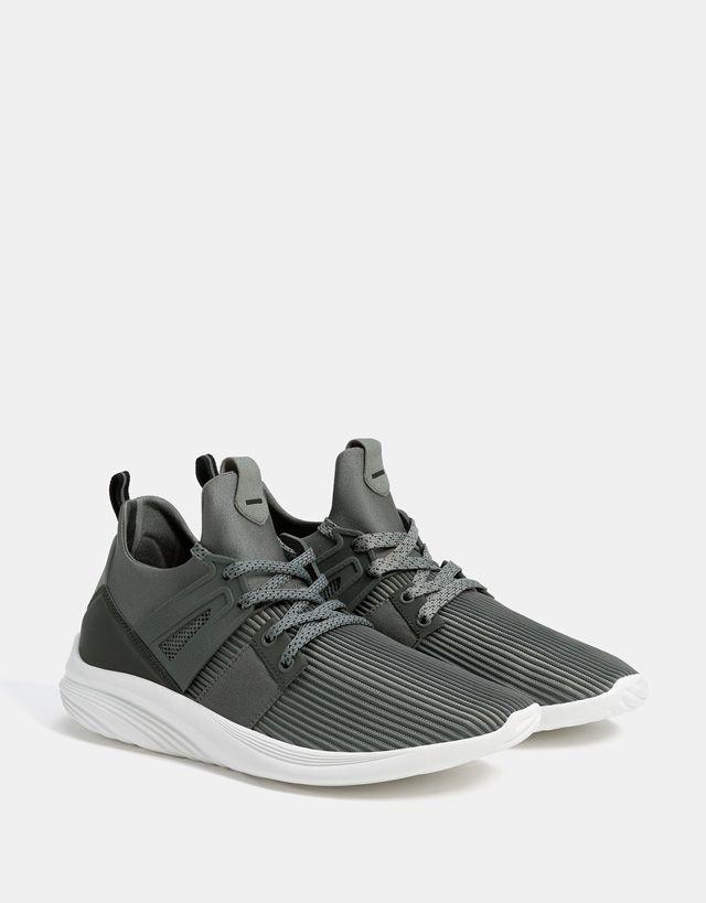 competitive price 92e57 e8a88 Novedades en zapatos de hombre - Otoño Invierno 2017   Bershka