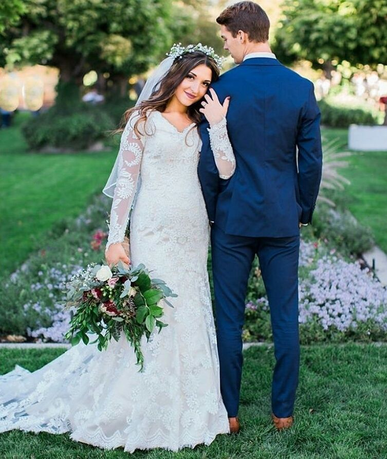 Modest wedding dress. custom long sleeve wedding gown. Lace wedding ...
