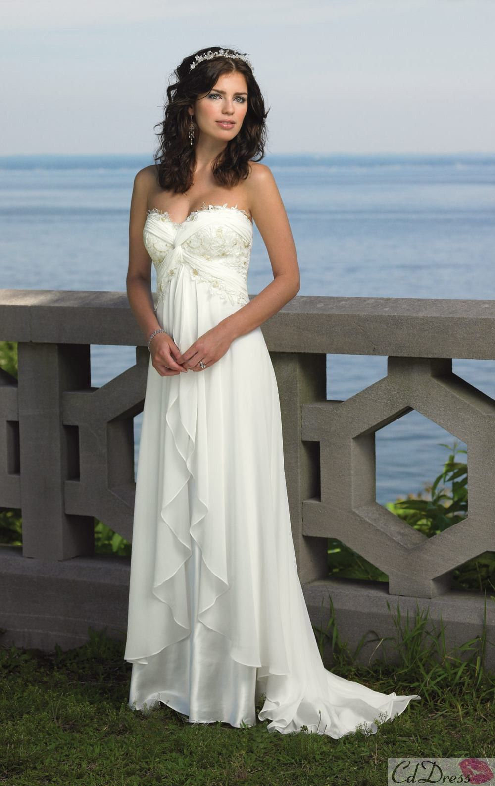 Elegant Hot Sale Sweetheart Chiffon Sweep Train Beach Wedding Dress