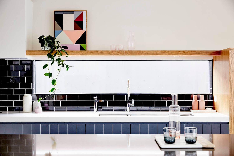 Casa Art Decora O De Interiores Bancadas Brancas Prateleiras