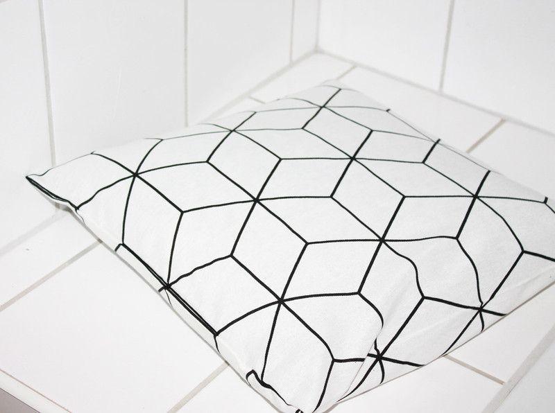 Skandinavische muster  Kissen skandinavisches Muster 40x40 schwarz weiß | Skandinavische ...