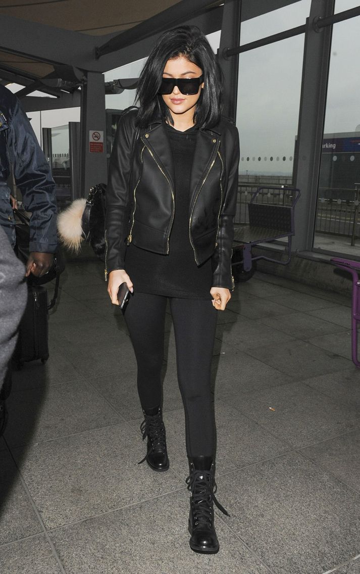 Kylie Jenner. Airport.