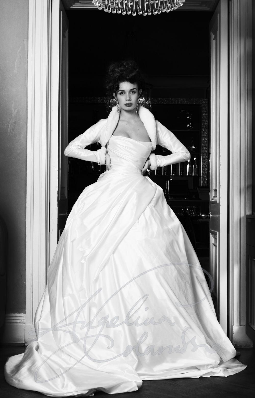 Epoque | My B&W Wedding | Pinterest | Wedding dress and Wedding
