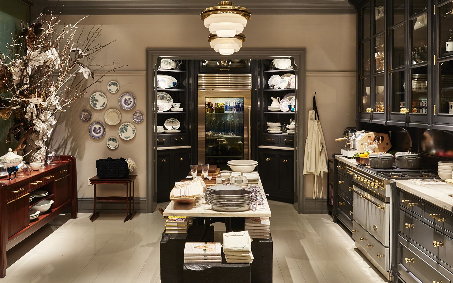 Goop Market New York. Design and custom furniture by