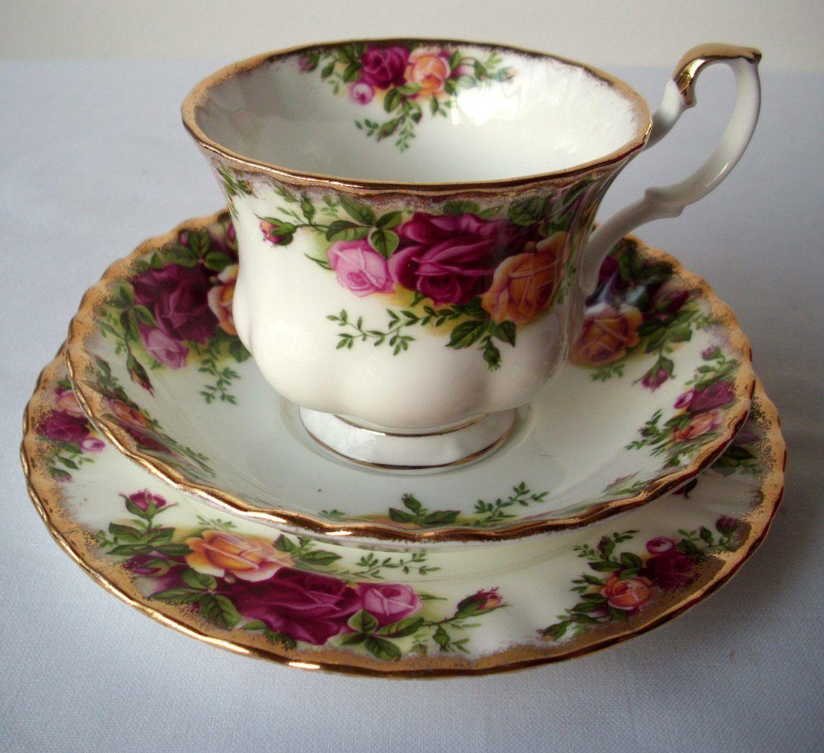 Trio taza plato t y postre porcelana inglesa royal for Vajilla de porcelana inglesa
