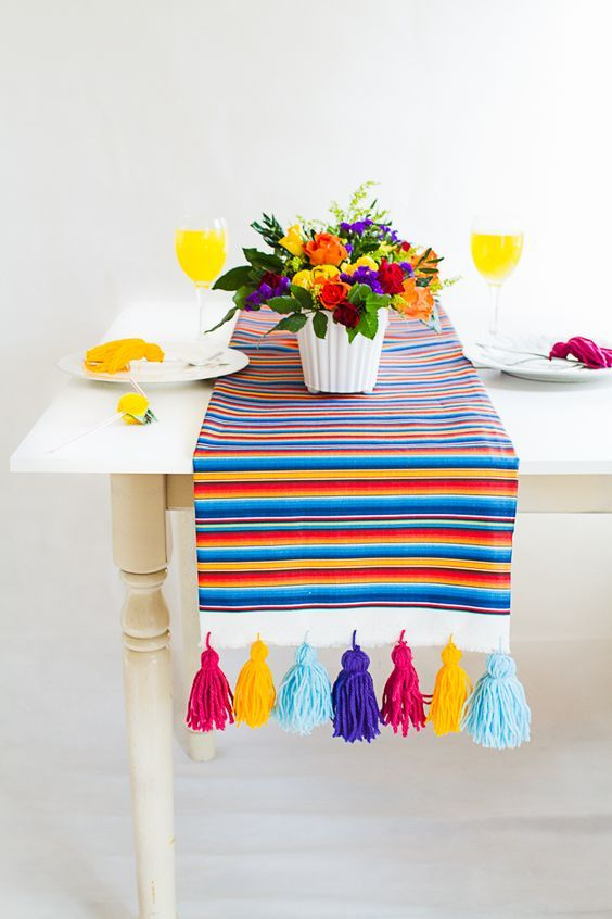 Gastbeitrag: Mexican Inspired DIY Table Runner – Zazzle Blog   – crafts and diy