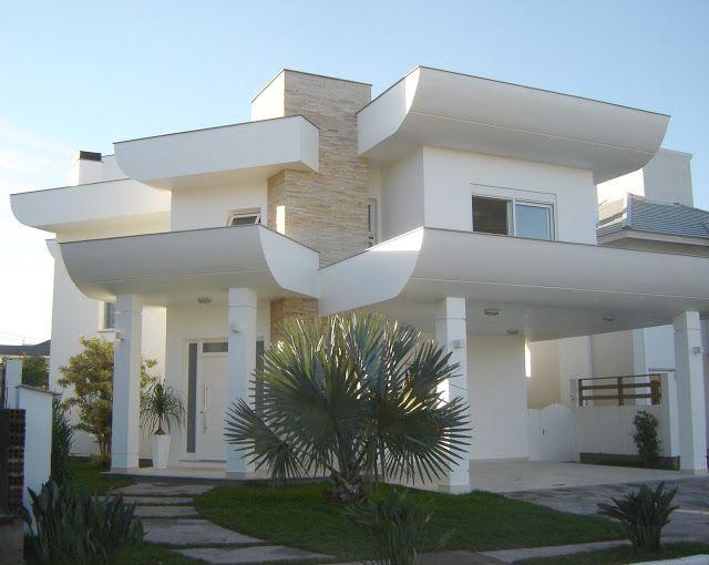 Tipos de Telhas!     Essa é uma das primeiras dúvidas quando decidimos construir e escolher o estilo que terá a nossa casa! Essa questão...