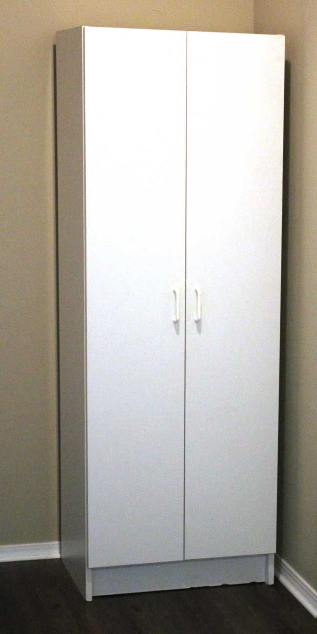 Best Miss Smarty Paints A White Melamine Cabinet Gets Fancy 400 x 300