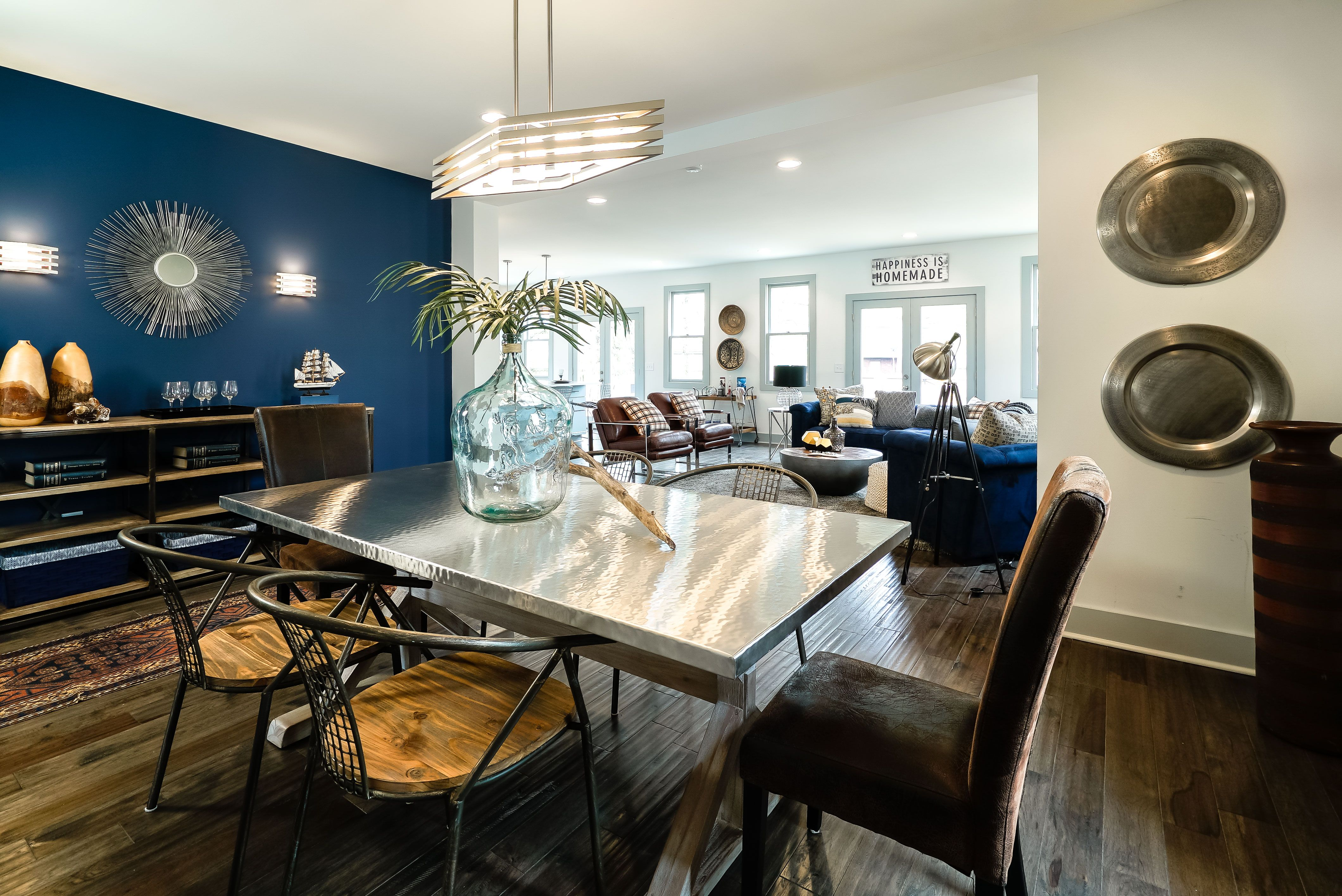 This Gorgeous Open Concept Home Features A Genius Guest Suite Modern Kitchen Open Plan Living Room Dining Room Combo Living Room And Bedroom Combo