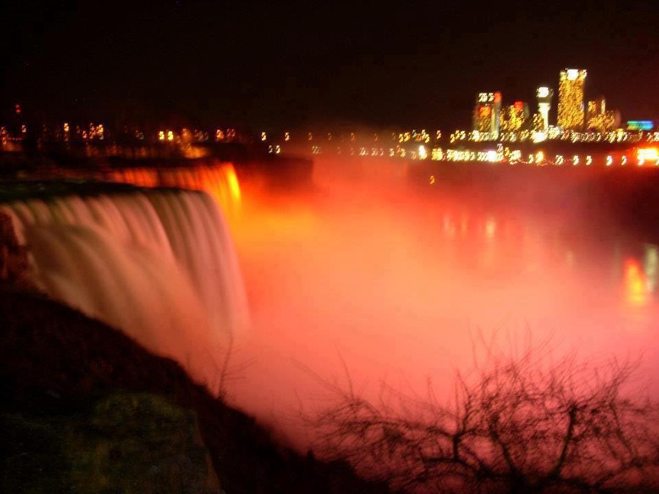 Niagara Falls Turned Orange For Multiple Scierosis Awareness Week Multiple Sclerosis Awareness Dream Vacations Destinations Ms Awareness