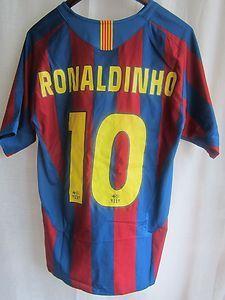 barcelona 2005 ronaldinho jersey  5d27a5ab4