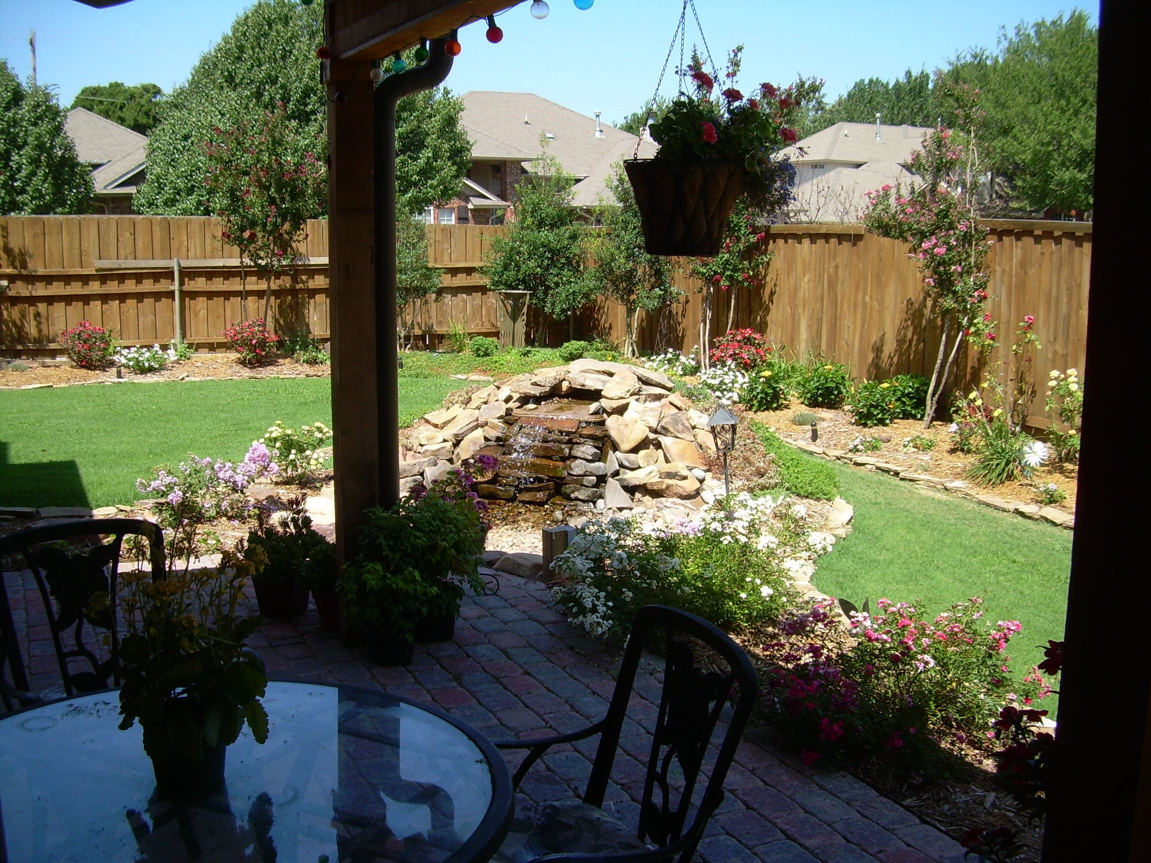 backyard landscaping ideas on a budget