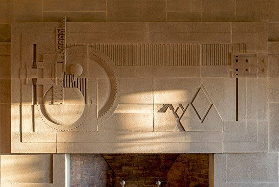 Frank Lloyd Wright S Hollyhock House Restored To Its Original Splendor Frank Lloyd Wright Lloyd Wright Round Mirror Bathroom
