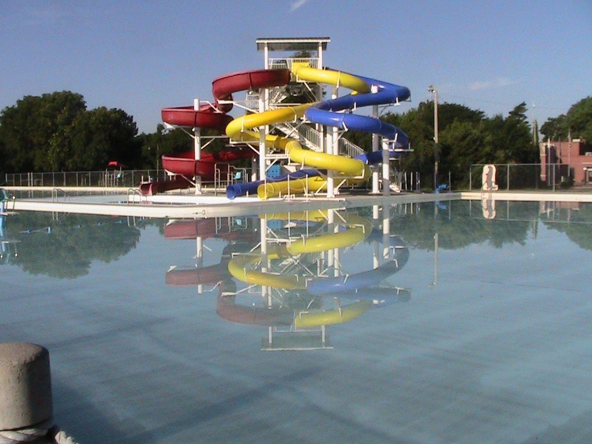 Biggest Pool In Kansas Big Pools Garden City Small Swimming Pools