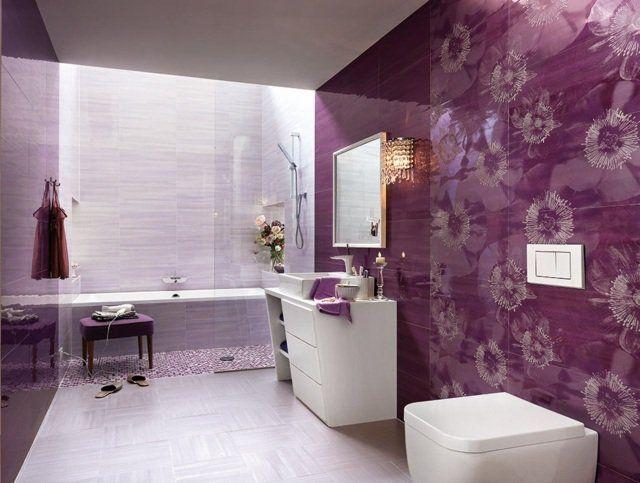 carrelage salle de bains en lilas et pourpre à motifs floraux
