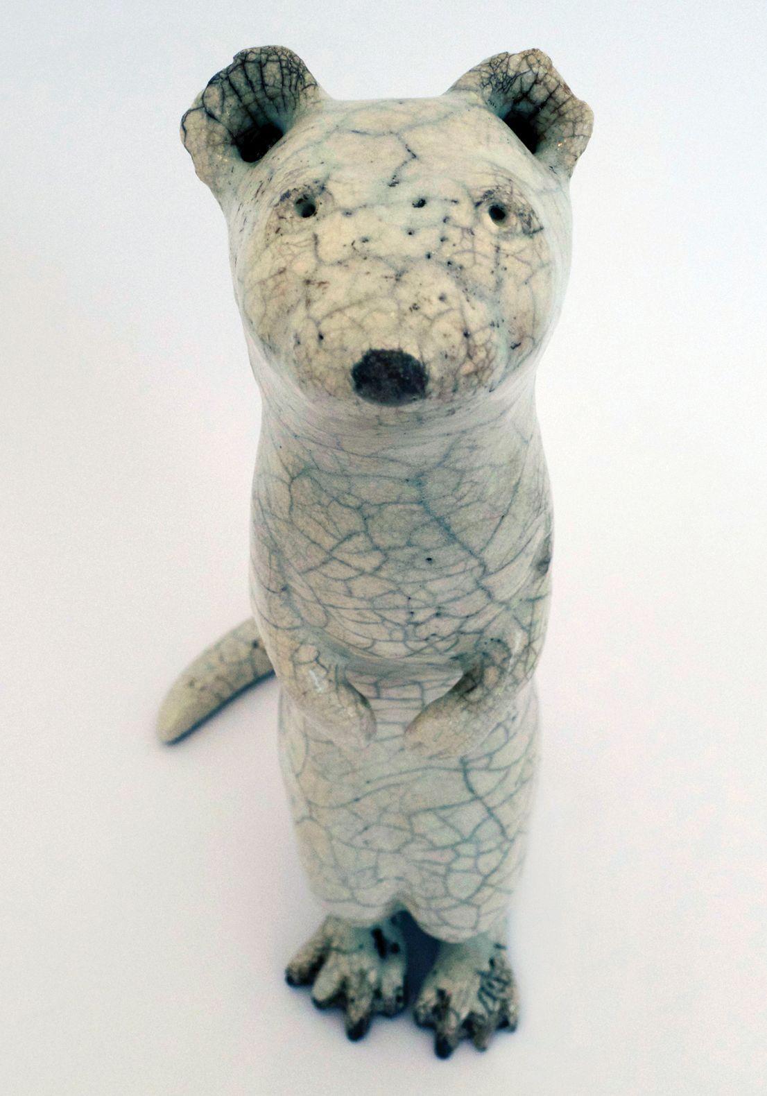 Anne Junsjö - Swedish ceramics artist. Anne is very versatile, does amazing dailyware, tea bowls and sculpture!