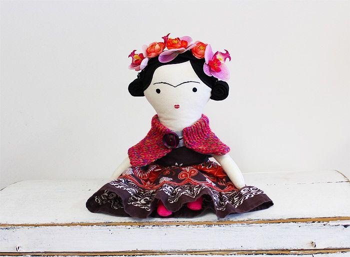 doll Frida / Břichopas toys