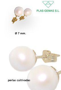 c0f2c9d7b74e Pendientes de perlas cultivadas o naturales de 7 mm. de la firma PLAS-GEMAS