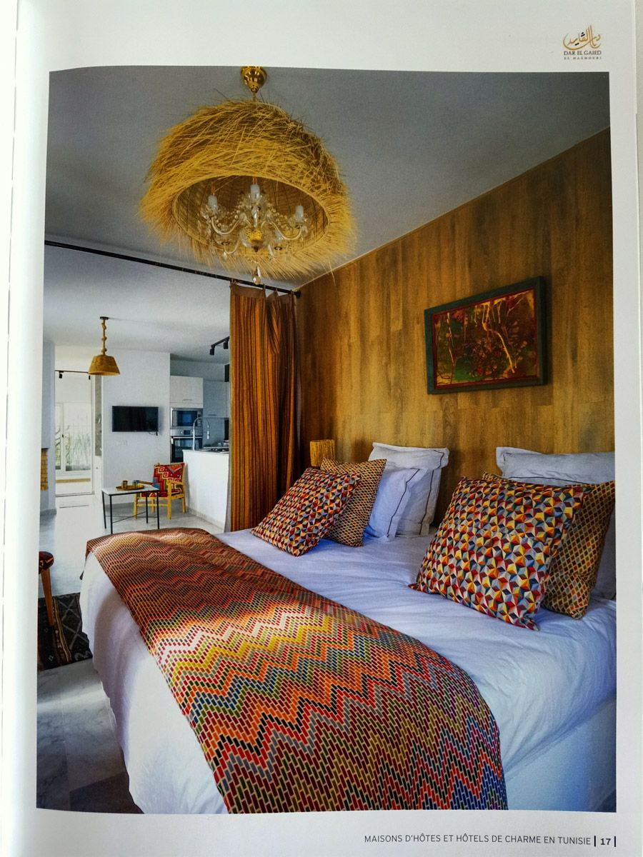 Maisons D Hotes Et Hotels De Charme En Tunisie Voyage A Travers Ce Livre En 2020 Maison D Hotes Maison D Hote Tunisie Hotel De Charme