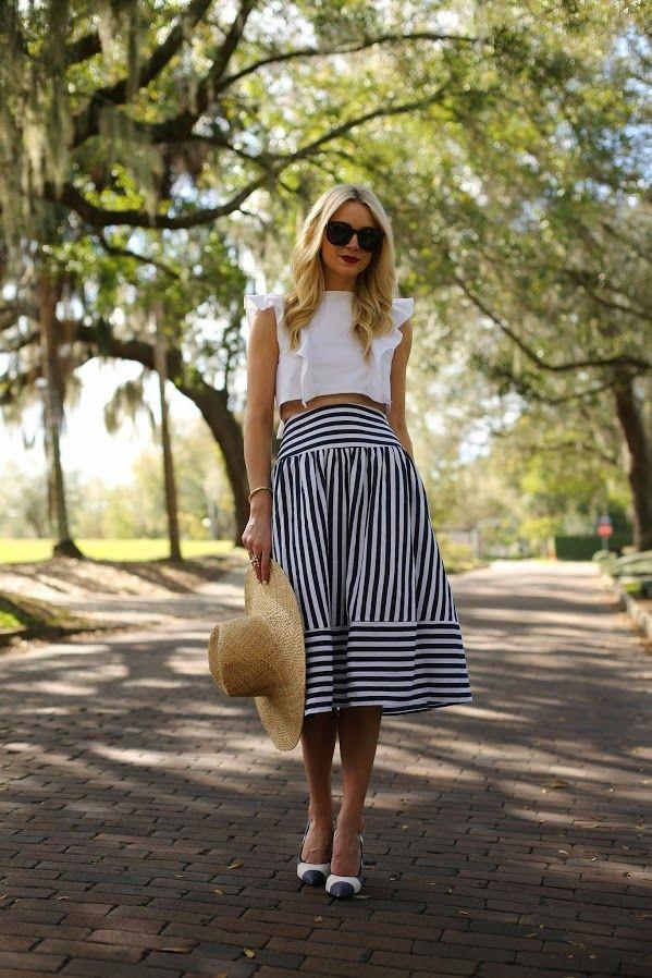 Skirt: Joa (also love this one). Top: Viva Aviva. Hat: HM (similar here). Shoes: Fendi. Bag: Hunter (old similar here). Sunglasses: Karen Walker 'Super Duper'. Nails: Deborah Lippmann 'Amazing Grace'. Lips: Stila 'Beso'.