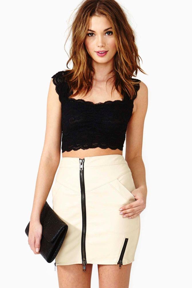 ba3a94afd Scalloped Lace Crop Top - Black | Wardrobe | Blusas de moda, Moda ...