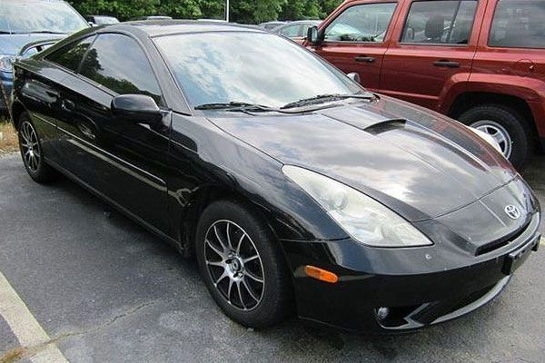 Get A Cheap Used Sports Car Toyota Celica Review - Sports cars 2005