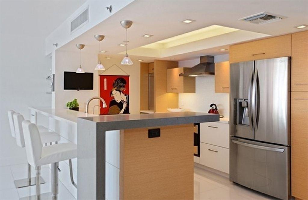 Kleine Wohnung Küche Design #Badezimmer #Büromöbel #Couchtisch #Deko ...