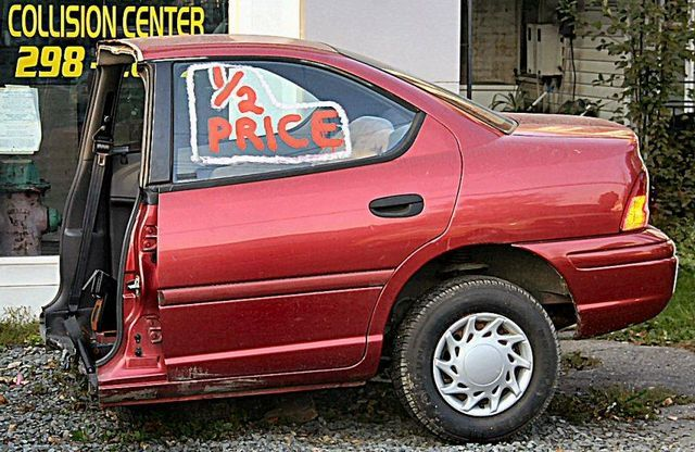 Pin By Junk Car Cash Out On Makes Me Laugh Funny Pictures Car Humor Funny Signs