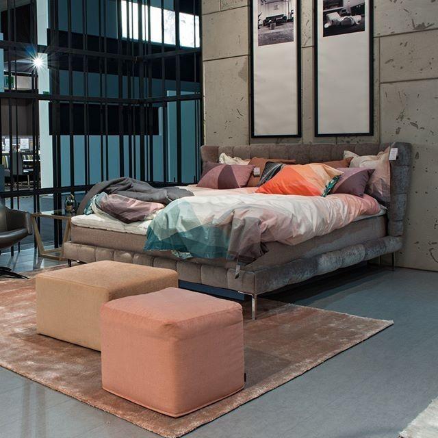 Skandinavisches Retro Design Bett Neon   schlafzimmer   Pinterest ...