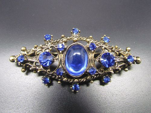 Exquisite Sapphire Blue & Round Cut Rhinestone Brooch Pin - Vintage