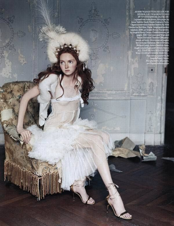 UK Vogue November 2004 - The House on the Hill - Lily Cole