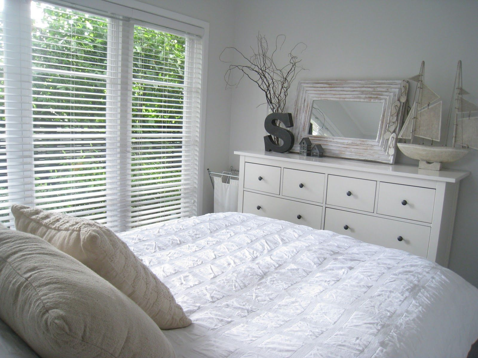 ikea hemnes bed white Google Search Habitación ikea