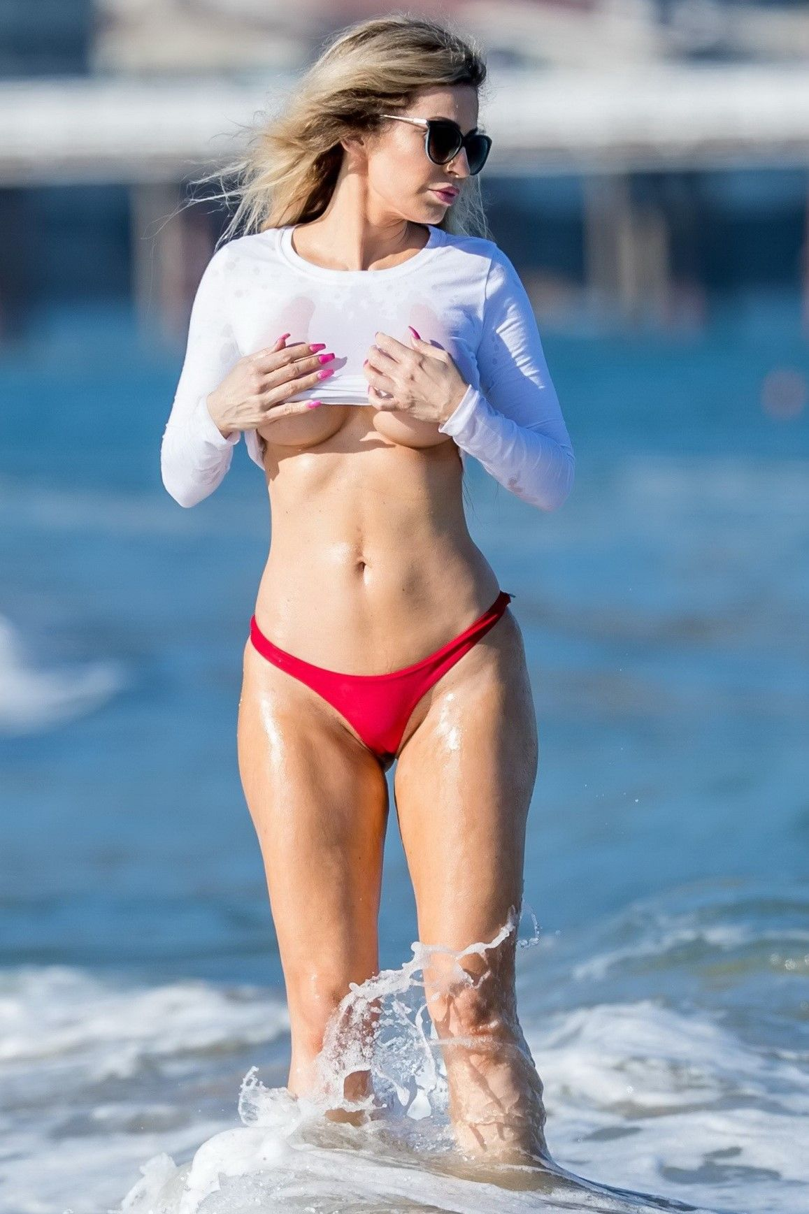Ana Braga With Images Wet T Shirt Celebrity Outfits Wet T