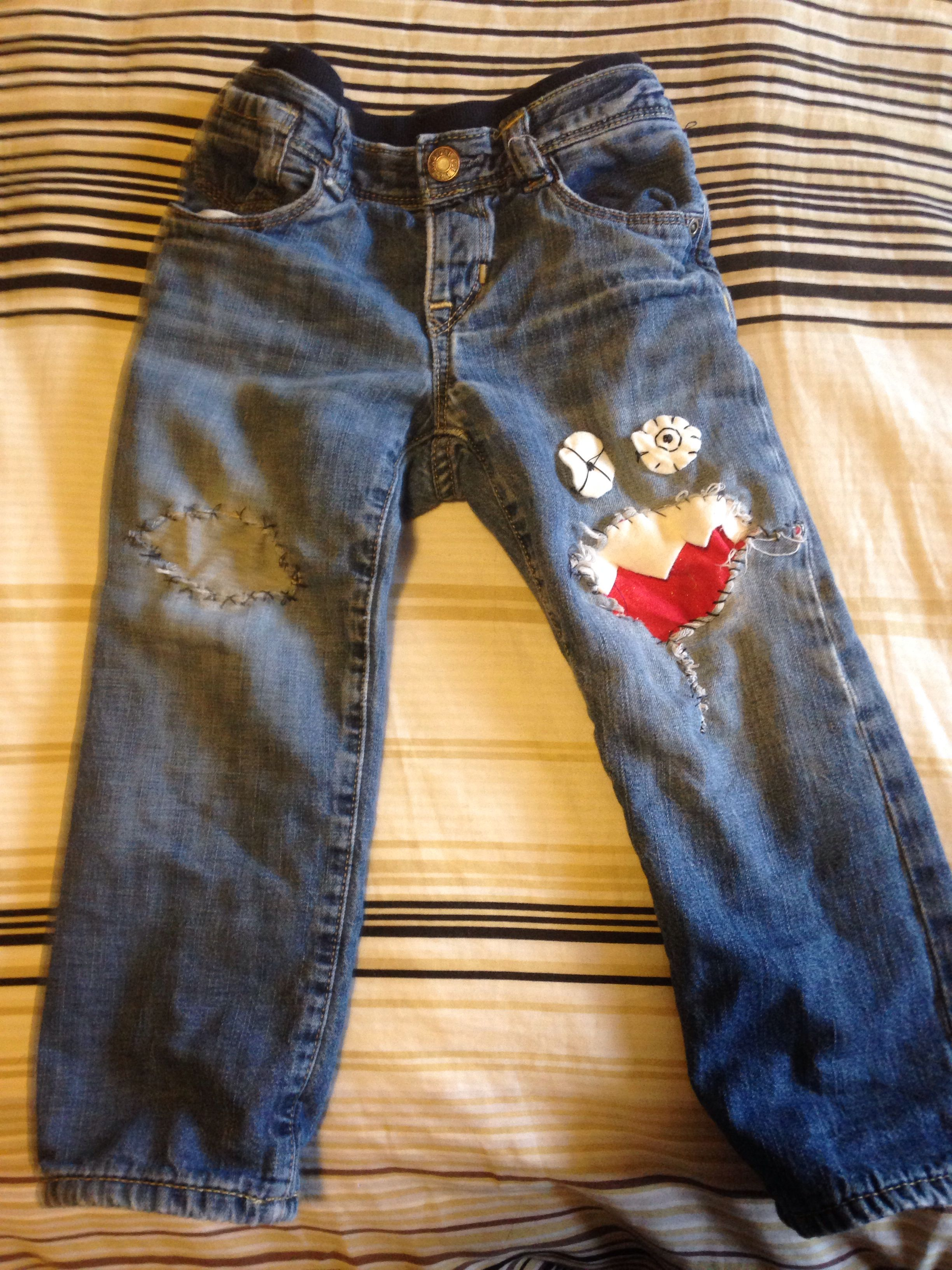 how to fix a hole in your kids 39 jeans projects to try pants children projects to try. Black Bedroom Furniture Sets. Home Design Ideas