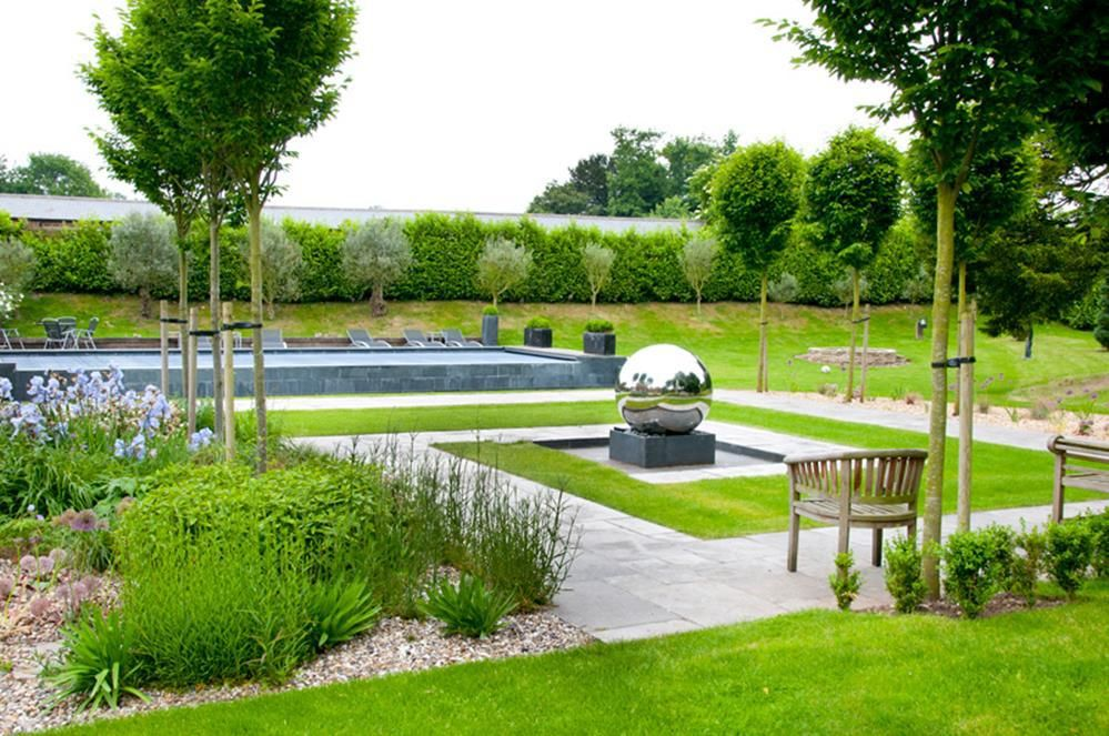 41 Stunning Farmhouse Garden Design Ideas Farmhouse Garden Garden Design Farmhouse