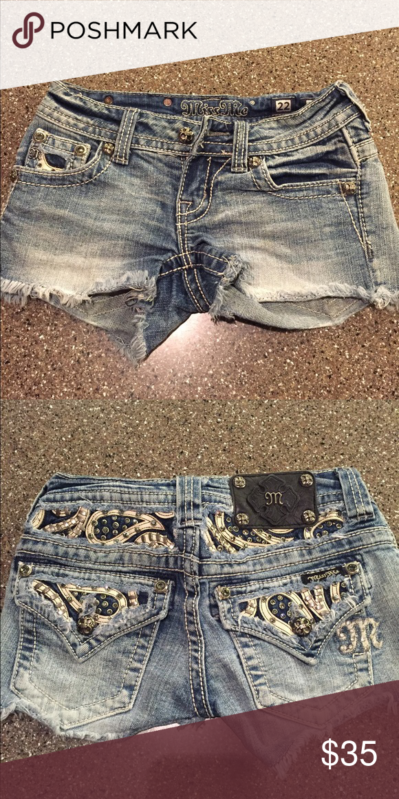 Miss Me Shorts Super cute Miss Me shorts.  My teenager loved them!Size 22 (XXS) Miss Me Shorts Jean Shorts