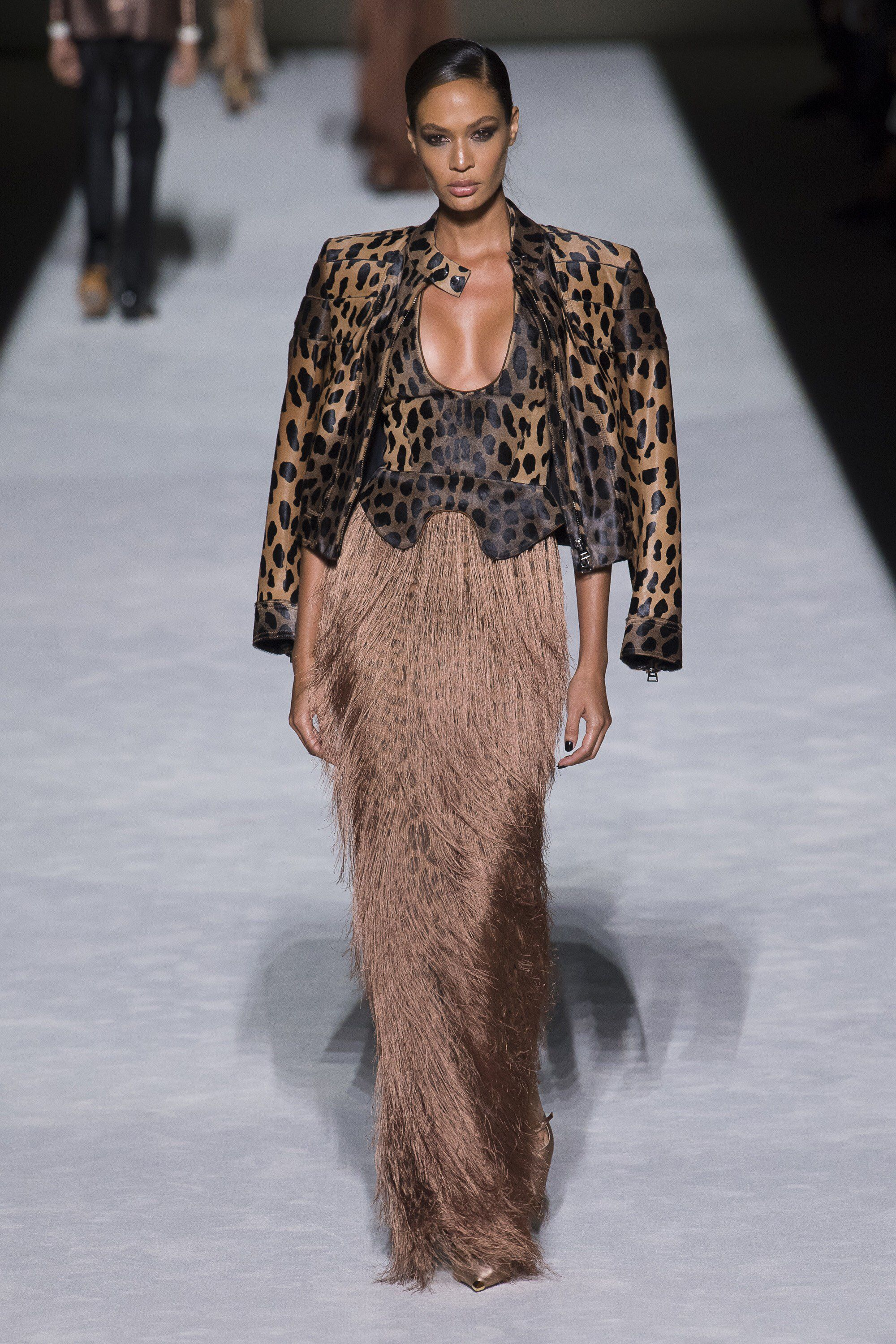 Tom Ford Spring 2019 Ready-to-Wear Fashion Show Collection  See the  complete Tom Ford Spring 2019 Ready-to-Wear collection. Look 43 57c0d525cffa