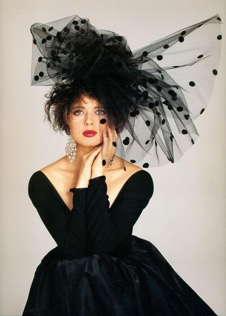 ahtheprettythings:  Isabella Rossellini #fascinatorstyles