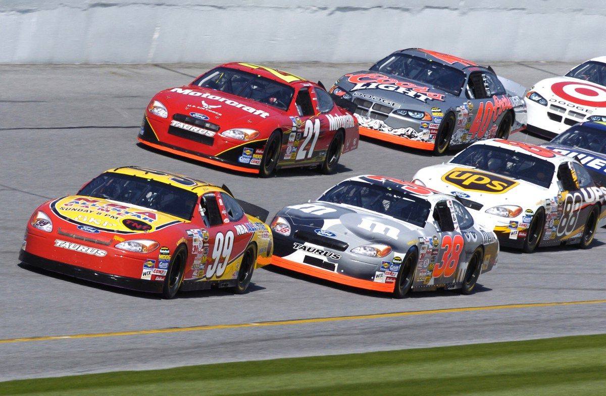 Who is going to Sponsor NASCAR in 2017? Nascar racing