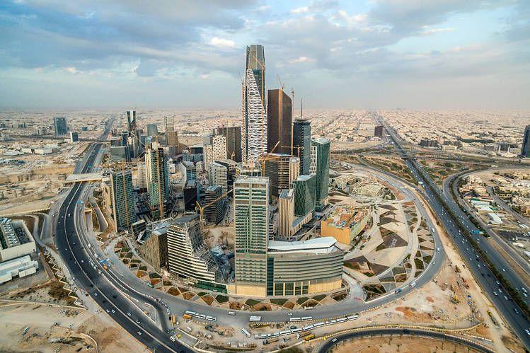 Saudi Arabia Seeks Up To 8 Billion Loan Saudi Arabia Skyline Financial District