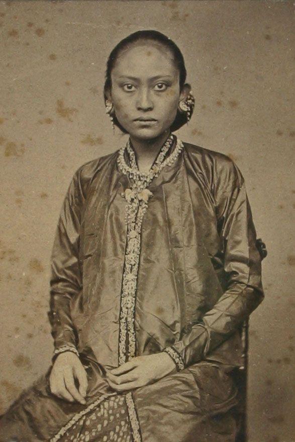 Model Baju Jaman Dulu