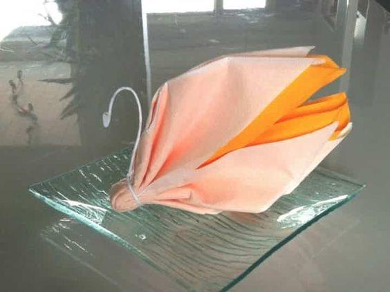 tutoriel pliage de serviette en forme de cygne origami pinterest pliage de serviettes. Black Bedroom Furniture Sets. Home Design Ideas
