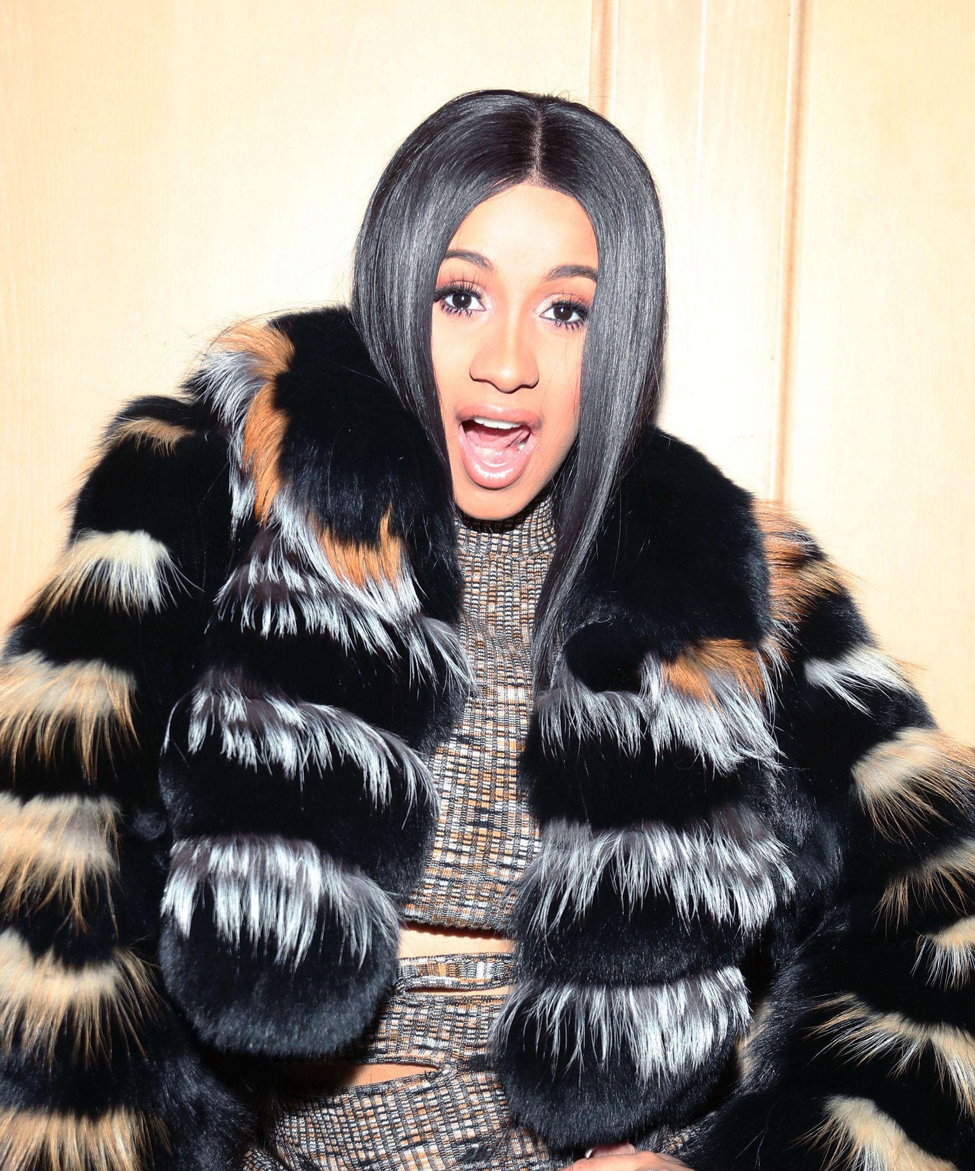 """Did Cardi B Steal """"Okurr"""" From Khloé Kardashian?"""