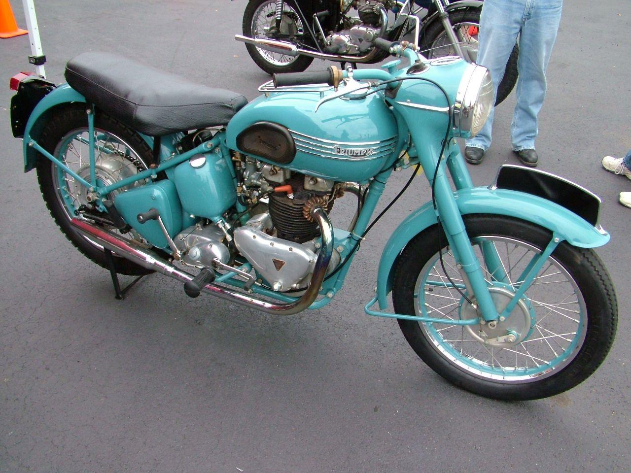 Pin On Bikes Bsa Triumph