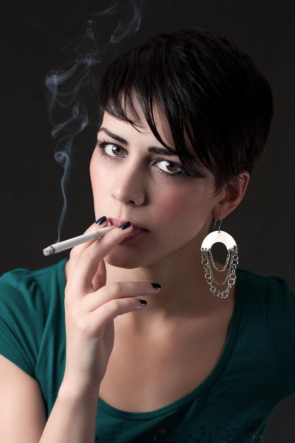 malayali-ladies-smoking-photos